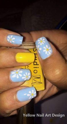 Blue and yellow daisy nails acrylic nails yellow, cute acrylic nails, cute gel nails Yellow Toe Nails, Acrylic Nails Yellow, Yellow Nails Design, Yellow Nail Art, Blue Nails, Simple Nail Designs, Nail Art Designs, Cute Gel Nails, Daisy Nails