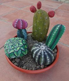 Rock painting ideas and crafts - make a succulent and cactus garden you can