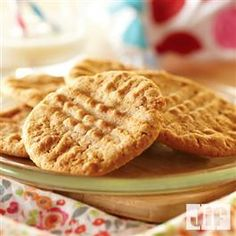 Graham Peanut Butter Crunchies from Pillsbury® Baking Chocolate No Bake Cookies, Yummy Cookies, Yummy Treats, Yummy Food, Delicious Meals, Crisco Recipes, Baking Recipes, Cookie Recipes, Jif Peanut Butter