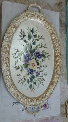 Painted Trays, Hand Painted, Floral Furniture, Silver Platters, Bob Lace Front Wigs, One Stroke Painting, Step By Step Painting, Decoupage Paper, Photo Displays