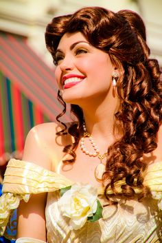 Make a Disney Princess Belle hairstyle! This hairstyle was inspired by the hair Belle was wearing with her lovely yellow ball gown in the Disney ,Today . Disney Belle, Gif Disney, Disney Dream, Disney Girls, Disney Magic, Walt Disney World, Disney Art, Disney Cosplay, Belle Cosplay