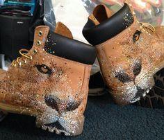 Lion custom timbs