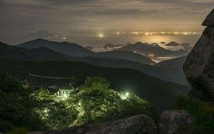 Hanryeosudo viewed from Geumsan Boriam Temple in Namhae, Korea  금산 보리암에서 본 한려수도