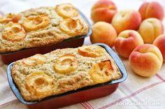 Bizcocho sin gluten con harina de coco, albaricoques y stevia. Muy fácil de hacer y riquísimo... www.cocinasalud.com