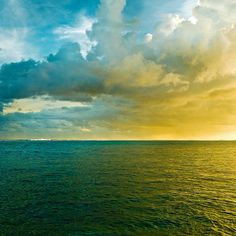Sunset sky by ►CubaGallery, via Flickr