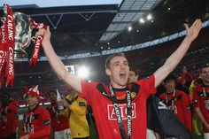 Darren Fletcher with the 2010 League Cup trophy