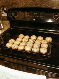 My favorite fall recipe : pumpkin chocolate chip muffins!