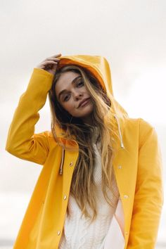Don't let the rainy summer weather ruin your outfit! Try these 10 cute raincoats to stay dry on those rainy summer days! Cute Raincoats, Raincoats For Women, Jackets For Women, Swedish Fashion, Scandinavian Fashion, Swedish Style, Swedish Design, Yellow, Fashion Styles