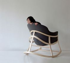sedia a dondolo - rocking chair - Dancing Chair by Constance Guisset
