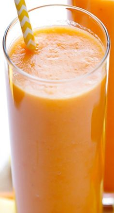 Carrot Pineapple Smoothie -- simple, sweet, and oh-so-good
