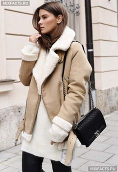 The Really Cool and Stylsih Winter Women's Aviator (Shearling) Jacket Outfits Ideas. Fall Outfits 2018, Winter Mode Outfits, Winter Outfits Women, Winter Jackets Women, Winter Fashion Outfits, Autumn Winter Fashion, Mode Hippie, Hippie Style, Look 2018