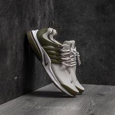 Nike Air Presto Essential Light Bone/ Dark Grey za skvělou cenu 2 690 Kč s dostupností ihned najdete jen na Footshop.cz!