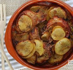 Chuletas de cerdo a la sidra con patatas. Receta