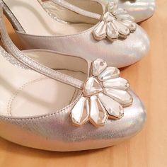 A busy week prepping for 3 styled shoots this month. Not sure which one to be more excited about!      #merleandmorris #bridalshoes #madeinUK #bridalstyle #shoeaddiction #luxuryshoes #bridalmusings #bohobride #weddinggoals #shoegoals #iftheshoefits #luxurybride #alternativestyle #shoesday #bridalmusings #londonbride#shoesofinstagram #instawomen #brideinspiration #londonwedding #loveauthentic #shoeaddict #rocknroll #rocknrollbride #vintagewedding