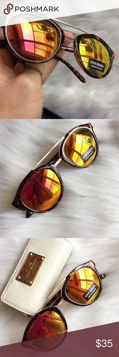 Steve Madden Mirrored Sunnies NWT Steve Madden Accessories Sunglasses