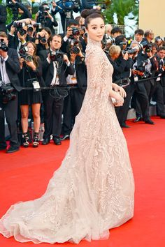 Fan Bingbing at Cannes 2012. Elie Saab Couture. Tulle and lace in nude. exquistie.
