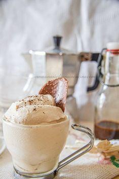 Crema al caffè fredda e golosa-Una siciliana in cucina Granite, Espresso Recipes, Tiramisu, Coffee Jelly, Tasty, Yummy Food, Food Out, Almond Cakes, Vegan Baking