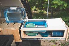 Minivan Camper Conversion, Suv Camper, Mini Camper, Camper Life, Vintage Campers Trailers, Camper Trailers, Vintage Motorhome, Van Conversion Kits, Camping Vintage