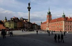 Poland - 24 hours in Warsaw : incredible city, vibrant market square