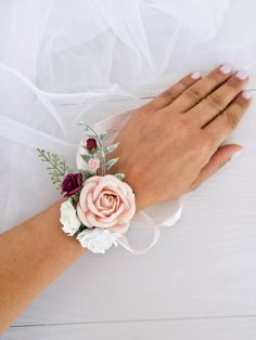 Blush Burgundy corsage by FaberAccessories Bridesmaid corsage Bridal bracelet Wedding corsage Blush rose corsage Mothers corsage Pink corsage Prom corsage Mother Of The Bride Flowers, Mother Of Bride Corsage, Wrist Corsage Wedding, Flower Bouquet Wedding, Floral Wedding, Wrist Corsage Diy, Rose Wedding, Prom Corsage And Boutonniere, Bridesmaid Corsage