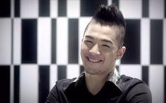 I lurve you and your eye smile Taeyang