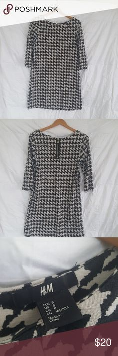 H & M Houndstooth shift dress Shift dress.  Worn a couple of times H & M Dresses