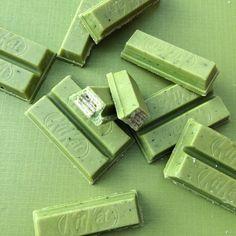 Kit Kat Mini Matcha Japanese Green Tea- Kit Kat Mini Matcha Japanese Green Tea Source by fffiiinnn - Mint Green Aesthetic, Aesthetic Colors, Aesthetic Vintage, Aesthetic Pictures, Aesthetic Pastel, Green Theme, Green Colors, Colours, Mint Color