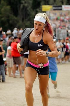 Fit versus skinny fat. Great reminder for us athletic chicks. A worthy read. #fitness #crossfit