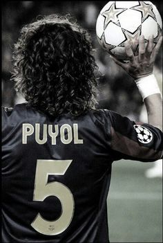 Carles Puyol the best defending! World Best Football Player, Football Is Life, Best Football Team, World Football, Football Soccer, Football Players, Fc Barcelona, Legends Football, Football Wallpaper