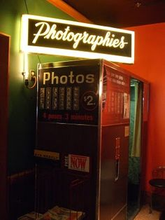 B&W Photo Booth at the Drake Hotel. rendezvous!