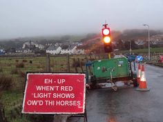 Yorkshire road sign, seh what tha means lad!