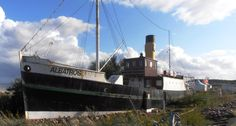 http://esys.org/rev_info/Deutschland/Damp_Museumsschiff_Albatros-hq.jpg