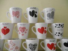 como pintar una taza para san valentin - Buscar con Google Mug Drawing, Mug Crafts, Sharpie, Heart Shapes, Valentines Day, Pottery, Quilts, Mugs, Drawings