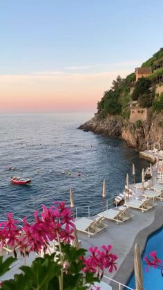 Beautiful Places To Travel, Beautiful Hotels, Wonderful Places, Beautiful Scenery, Beyond The Sea, Living In Italy, Travel Aesthetic, Beach Pictures, Summer Activities