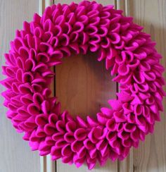 Ghirlande fai da te per Natale - Ghirlanda rosa