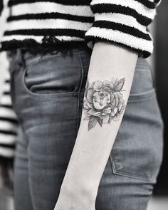 Amazing Ideas From Simple Tattoo Designs In 2019 Cool Simple Tattoos, Simple Tattoo Designs, Great Tattoos, Beautiful Tattoos, New Tattoos, Girl Tattoos, Amazing Tattoos, Fashion Tattoos, Tatoos