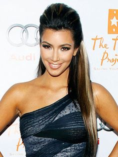 hair half up - kim kardashian