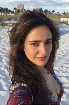 Beautiful Girl Drawing, Beautiful Girl Indian, Most Beautiful Indian Actress, Beautiful Smile, Indian Actress Pics, Neha Sharma, Beauty Full Girl, Hot Actresses, Asian Beauty
