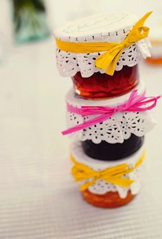 15 Edible Wedding Favors to Buy or DIY via Brit + Co. Love the doyles & ribbon on the jar- simple and super effective!