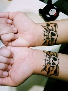 Bow-skull-tattoo_large