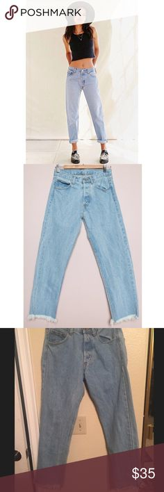 Brandy Melville vintage light wash boyfriend jeans Brandy Melville vintage light wash boyfriend jeans with raw/frayed hems! Never been worn before. Size 26-27. Adorable for any season and when worn cuffed. Brandy Melville Jeans