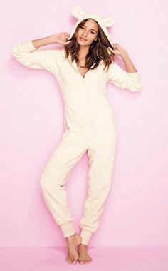 Idée cadeau femme - Pyjama combinaison chez 3 Suisses