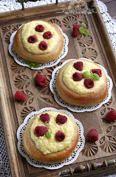 Cheese and coconut buns (almost like raffaello ;) with raspberries