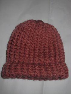 Knit Baby Hat: peach
