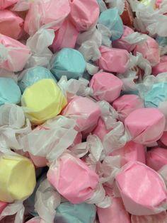 oo i love taffy Salt Water Taffy, Salt And Water, Pastel Purple, Pretty Pastel, Coraline Aesthetic, Kreative Desserts, Candy Store, Purple Aesthetic, Cute Food