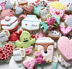 Appealing Valentine Cookies That Will Make your Home Smell Lovely - The Wonder Cottage Royal Icing Cookies, Sugar Cookies, Valentines Day Cookies, House Smells, Cookie Decorating, Heart Shapes, Pasta, Make It Yourself, Desserts