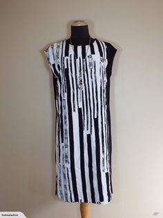 Merric | Black & White Double Front Layer Dress (12-14) | Trade Me Enlarge Photos, Close Up Photos, Stunning Dresses, Layers, Fashion Outfits, This Or That Questions, Black And White, Fashion Design, Women