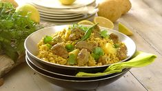 LAMB AKNI - Akni is a spicy one-pot Indian rice wonder made with meat - either lamb, chicken or mutton with flavours resembling that of a breyani. Italian Cookie Recipes, Italian Cookies, Good Food, Awesome Food, Lamb Recipes, One Pot, Cooking Classes, Spicy, Curry