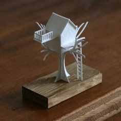Obsessive Architect Crafts One Tiny Paper Building Every Day for a Year