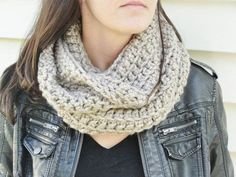 LilBumpkinsBoutique Crocheted Cowl Scarf
